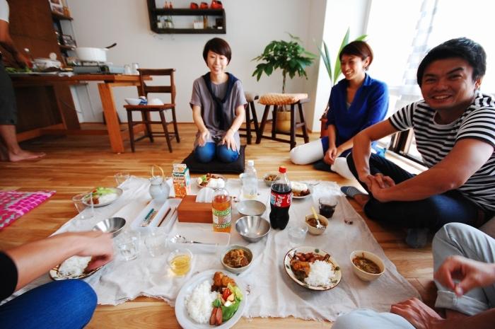 完成後にご招待頂いた食事会の風景
