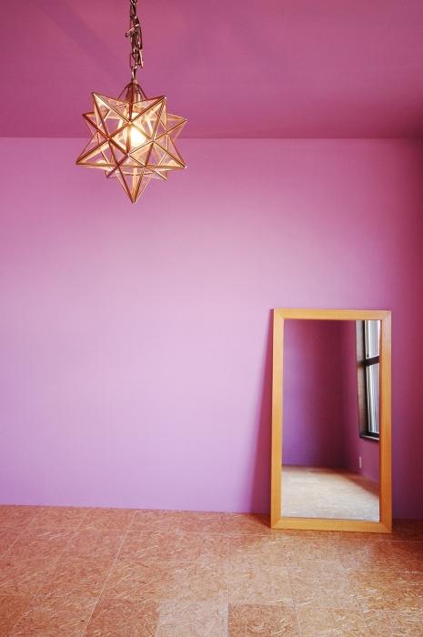 カラーで演出された空間②