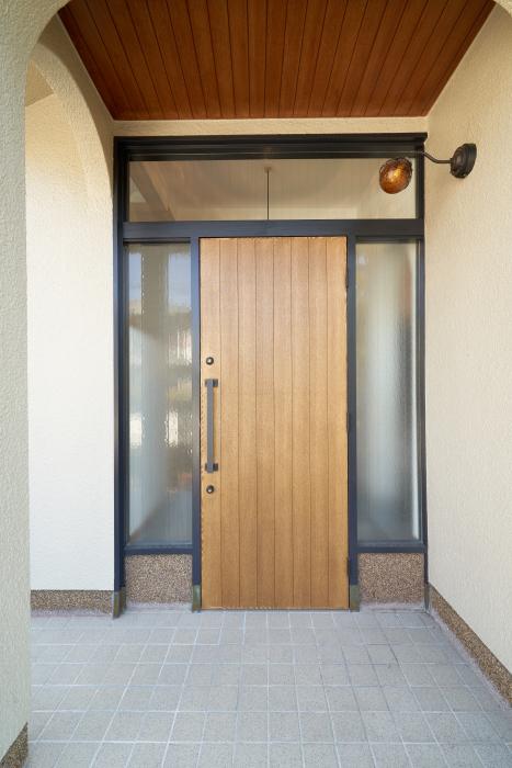 オリジナルの玄関扉