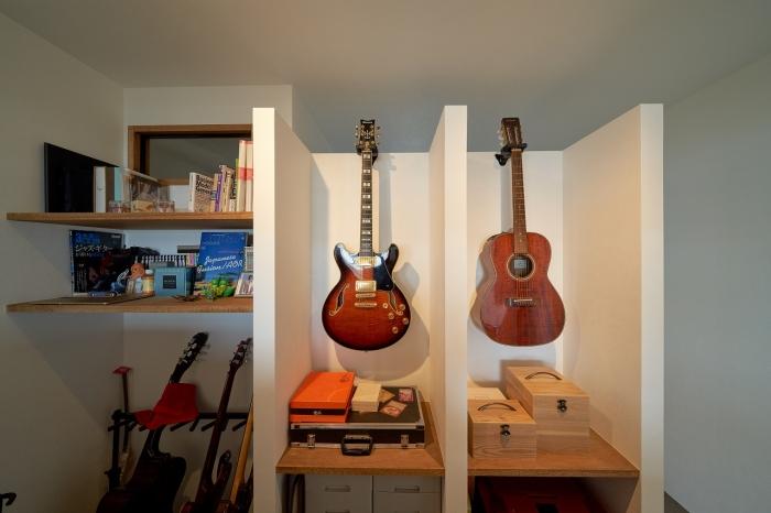 趣味のギターを見ても楽しむ