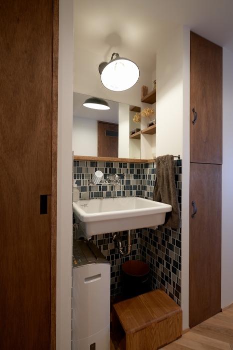 廊下の洗面所