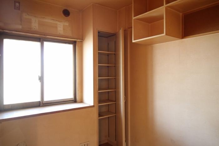施工前の寝室