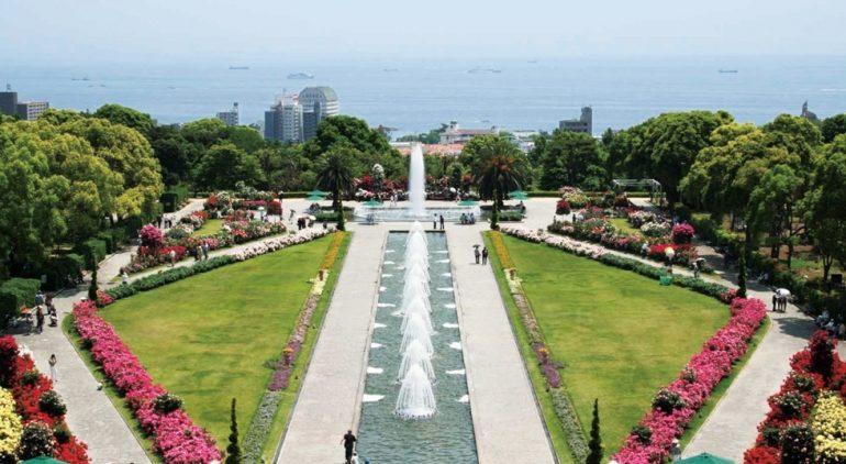 徒歩圏内には「須磨離宮公園」も。